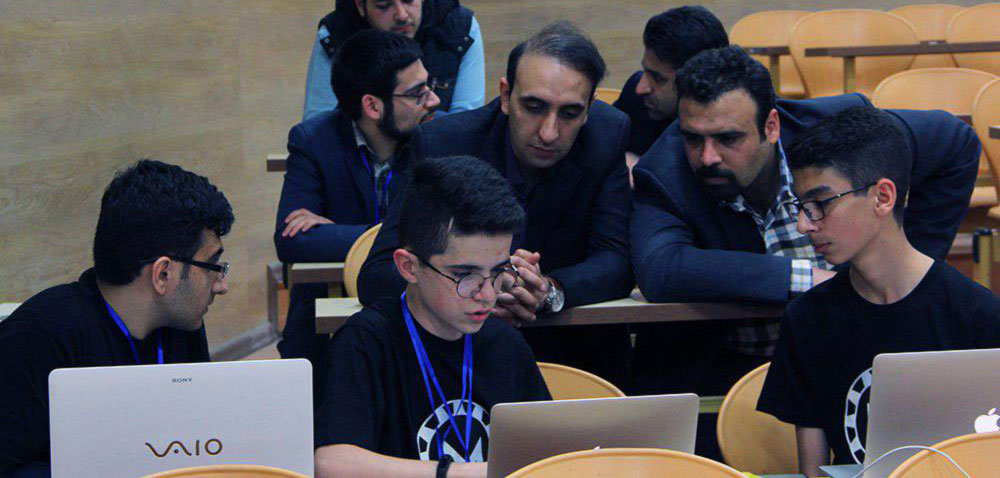 مسابقات نوآوری و ابتکارات دانش آموزی شریف (نادکاپ شریف)